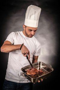 homme cuisinier